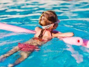 Eκμάθηση κολύμβησης στο Δημοτικό Κολυμβητήριο Αρκαλοχωρίου